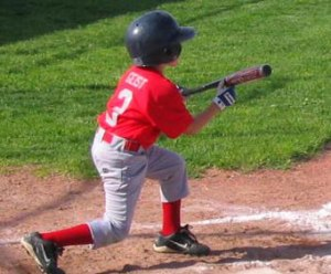 Little_league_baseball_bunt