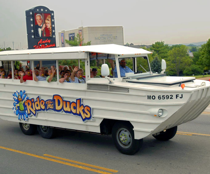 See the Christmas Lights of Branson with Ride the Ducks