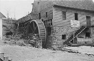 Skyline_Drive_Gristmill_1938